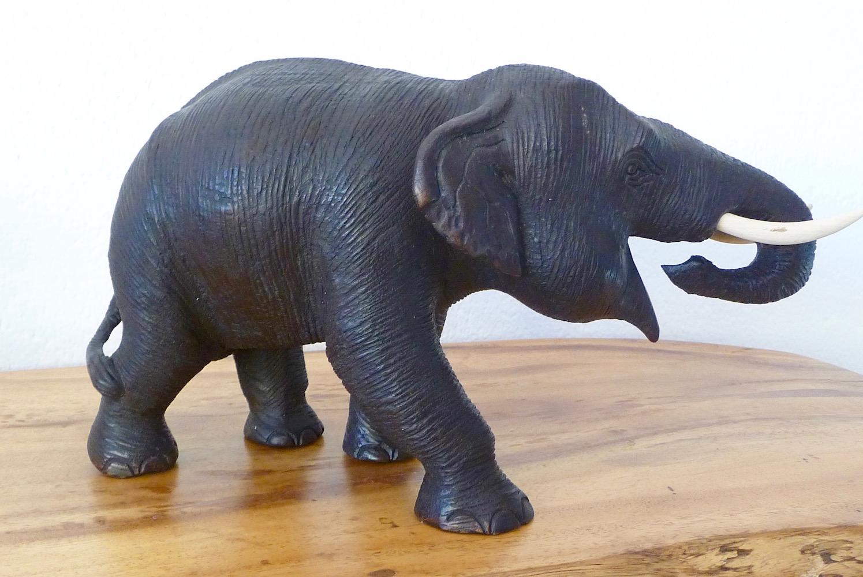 wunderhalle elefant. Black Bedroom Furniture Sets. Home Design Ideas